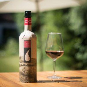 Lanzan botella ecologica para vino hecha de cartón